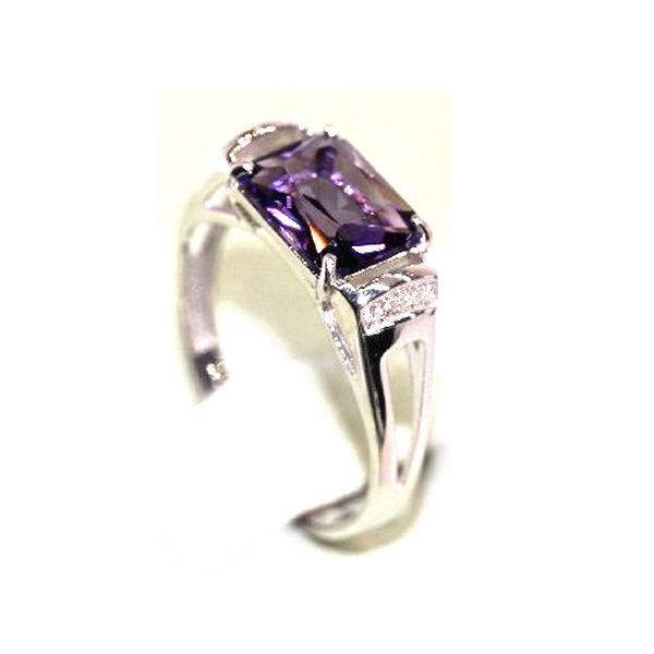 Серебряное кольцо саметистом выращенным ифианитом