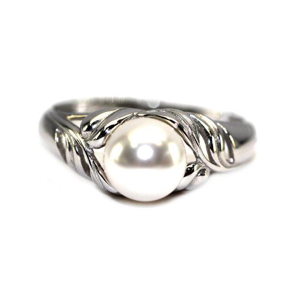 Серебряное кольцо сжемчугом искусственным