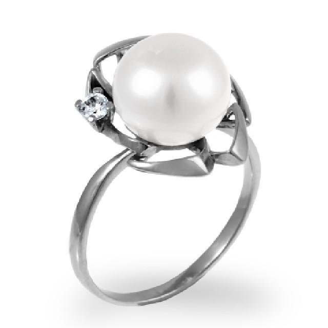 Серебряное кольцо сжемчугом