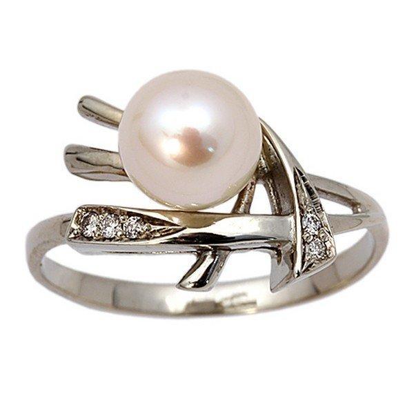 Золотое кольцо сбриллиантом ижемчугом культивированным