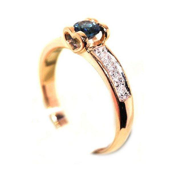 Золотое кольцо стопазом лондон ифианитом