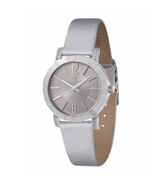 Серебряные часы женские сфианитом
