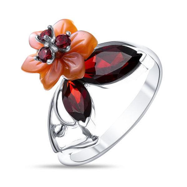 Серебряное кольцо сфианитом, перламутром игранатом
